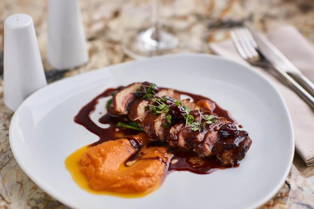 Magret De Canard Aux Pruneaux Et Abricots Au Four Le Gastronome Du Net